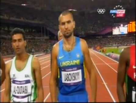 Буковинський олімпієць підтягнувся 1453 рази за годину!