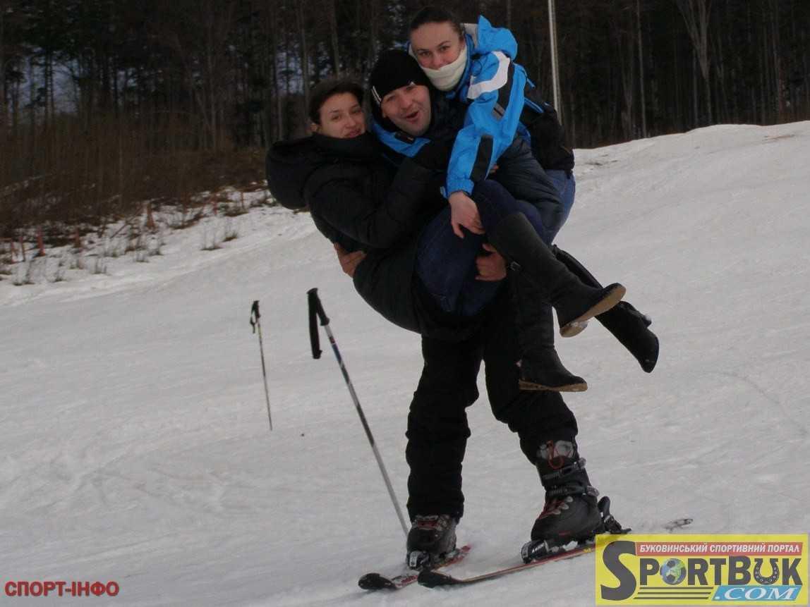 Зимовий відпочинок на Буковині (бази 8973373ee28d1