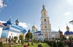 banchenskij-cholovichij-monastir