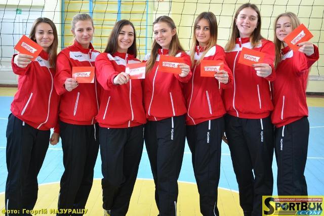 «Піонерки» буковинського волейболу у вищій лізі України (біографії, фото)