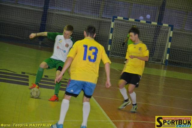 Футзал: У Кубку Чернівців 2017 з першого раунду – несподіванки і «качелі»
