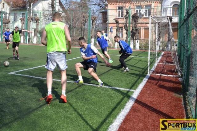 Міні-футбол: Фаворити турніру «Серце до серця 2017», і раптом… 0:3 (фото)