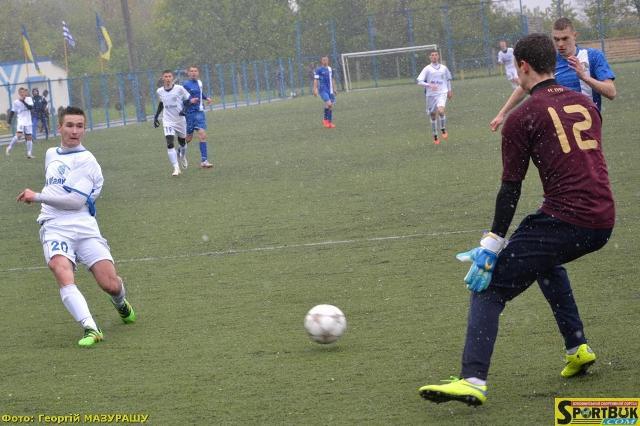 «Спарта-Буковина» розгромила лідера і повернулась на 2 місце у чемпіонаті U-19