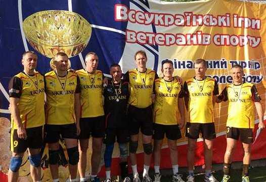 Волейбол: І знову у фіналі протистояння «Локомотив» – «Будівельник» (фото)