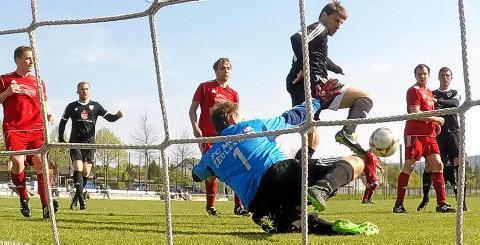 Чернівчанин знову забиває в Німеччині (підготовка до сезону 2017/18)