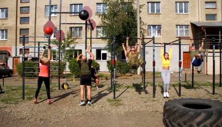 У Чернівцях облаштували кросфіт-комплекс в рази дешевше, ніж за «бюджетною схемою»