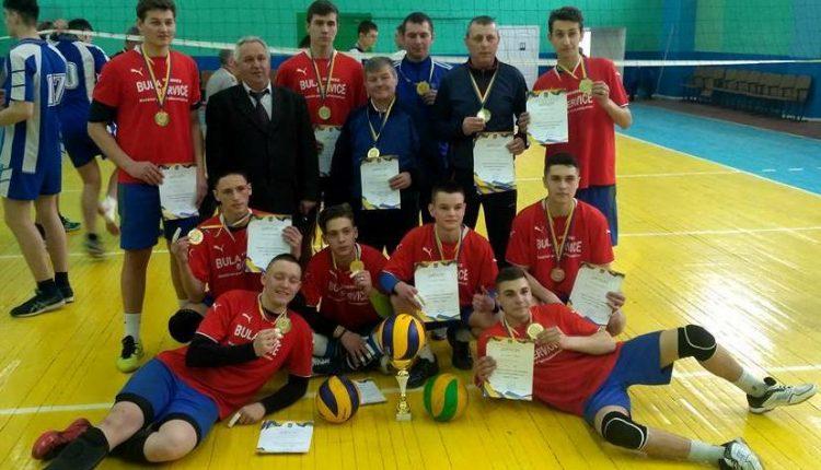 Буковинці виграли чемпіонат України з волейболу 2018 серед ПТУ (фото)