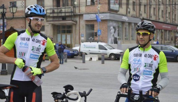 1000 км за 48 годин проїхали на велосипедах буковинці задля благодійності