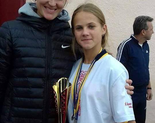 Зіркова Наталка Лупу радить талановитій землячці поїхати в спортінтернат