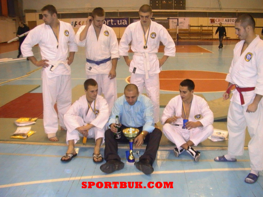 101211-rukopashniy-ukrcup-sportbuk-com-37