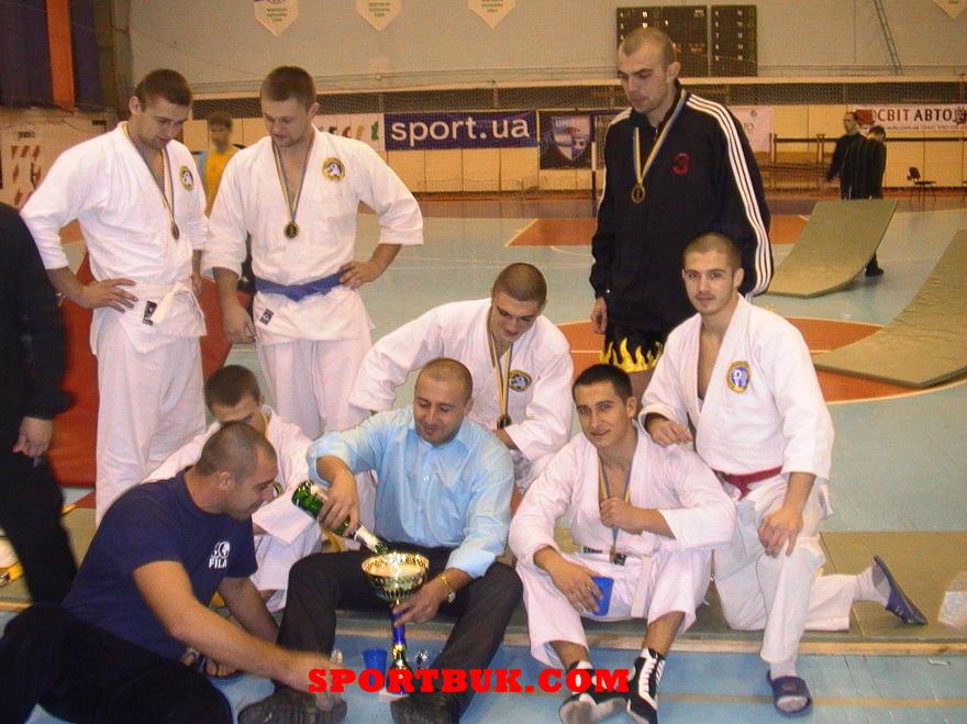 101211-rukopashniy-ukrcup-sportbuk-com-38