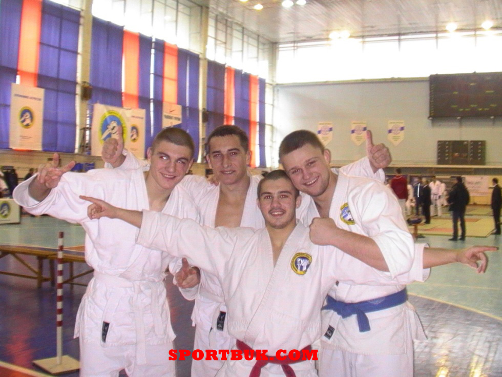 101211-rukopashniy-ukrcup-sportbuk-com-7
