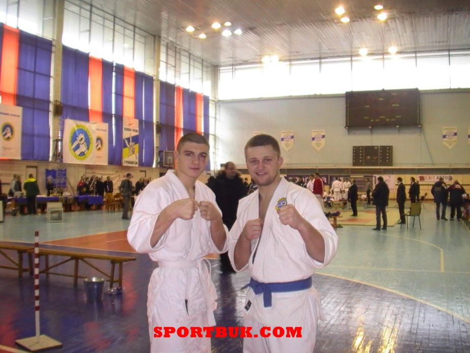 101211-rukopashniy-ukrcup-sportbuk-com-9