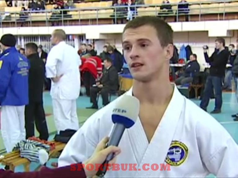 101211-ukrcup-rukopashka-inter-sportbuk-com-4-boychukivan