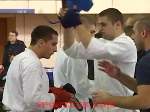 101211-ukrcup-rukopashka-inter-sportbuk-com-6