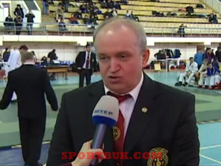 101211-ukrcup-rukopashka-inter-sportbuk-com-7-gartvicholdr
